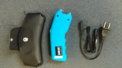 SABRE STUN GUN & FLASHLIGHT